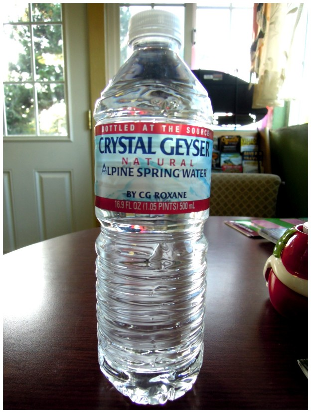 6 CRYSTAL GEYSER USA RS